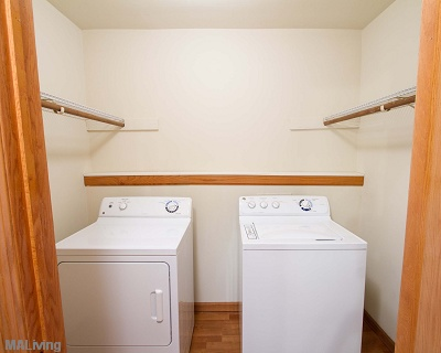 Arbor Hills - In Home Full Size Washer and Dryer