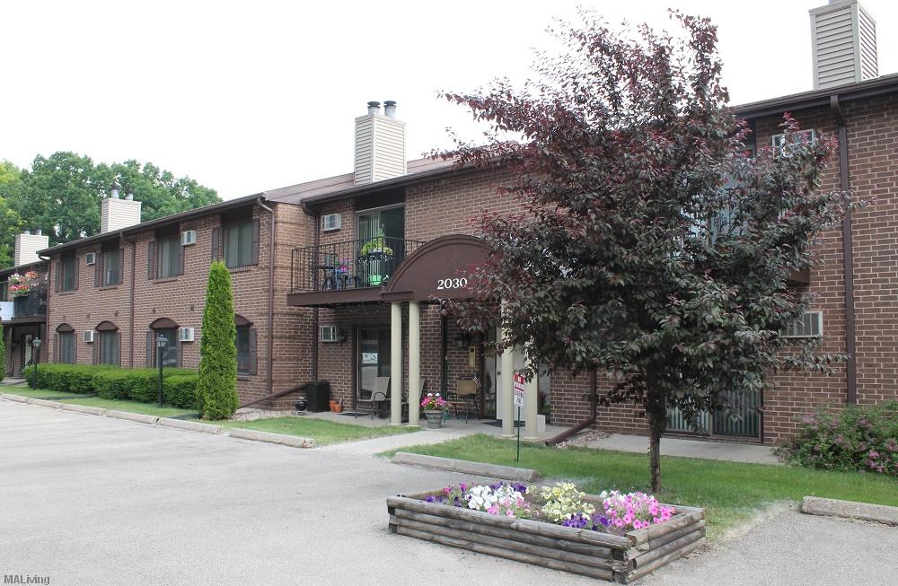 Wynwood Court Madison Wi Apt Madison Apartment Living