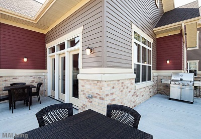 Siena Ridge - Gas Grill on Outdoor Patio