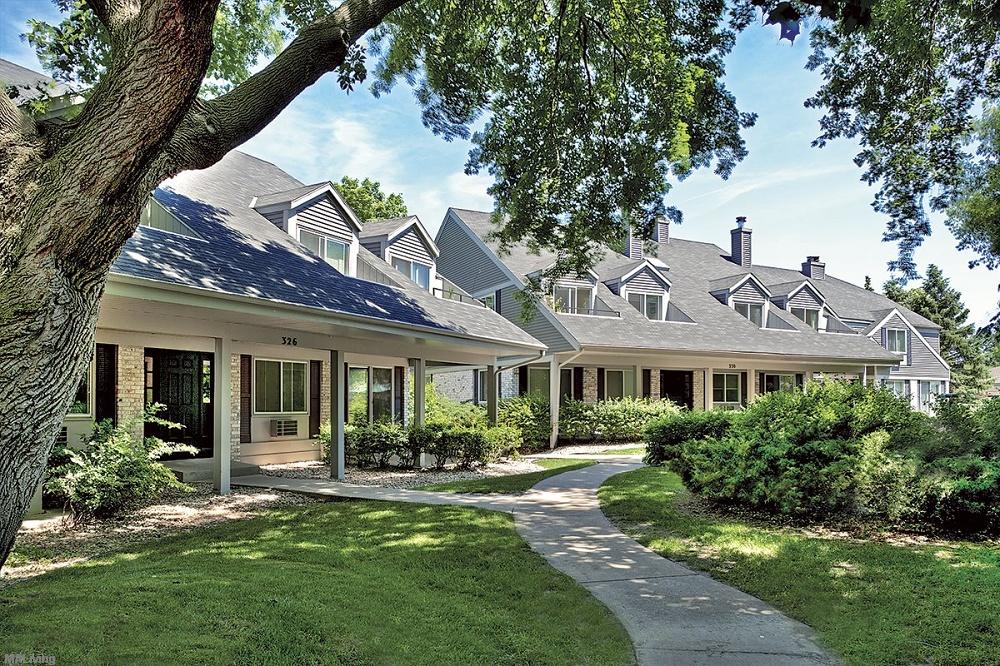 Woodland Village Madison Wi Apt Madison Apartment Living