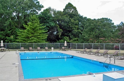 Bruner Realty Outstanding Apartments & Condos for Rent - Sleepy Hollow Condominiums