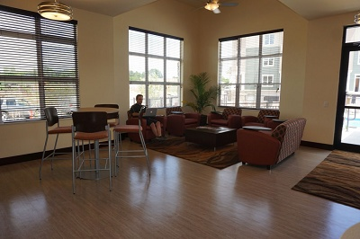 Legacy Apartments - Internet Cafe