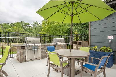 Hidden Creek Residences - Sun Deck For Grilling Out